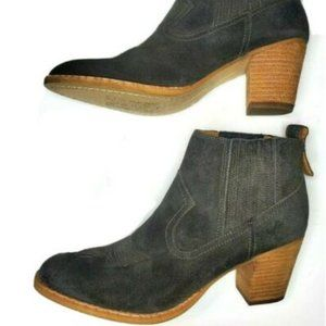 Dolce Vita Boot Ankle Black Suede Stacked 8.5M